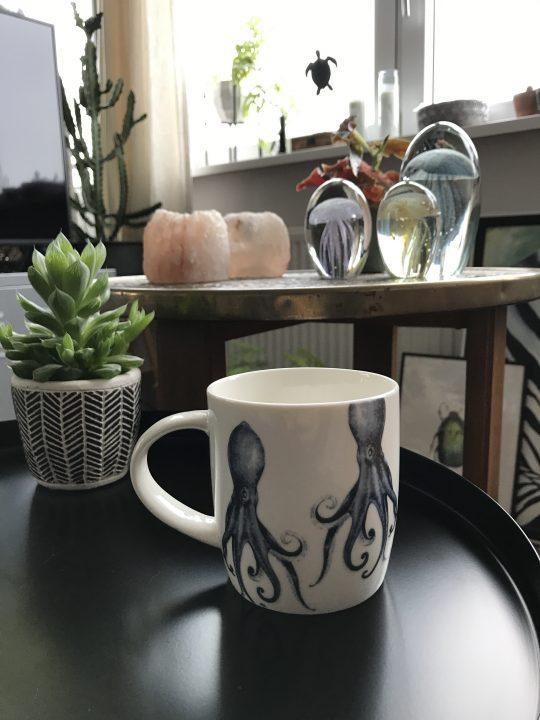 Koffiemok met print van octopus