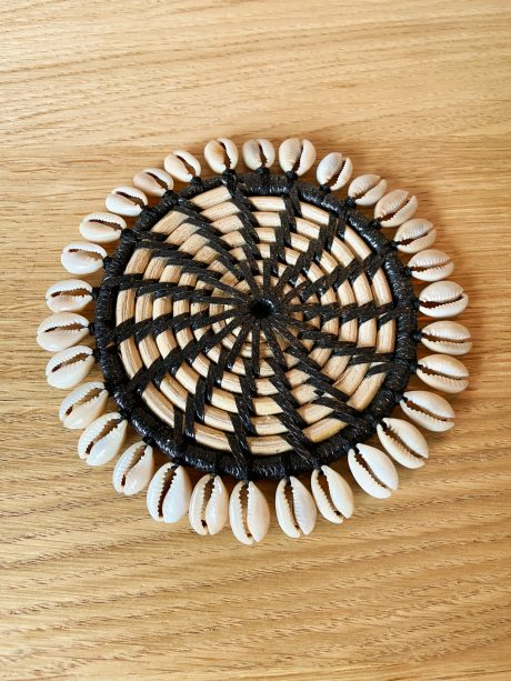 zwart naturel schelpenonderzetters